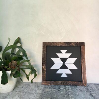 Aztec B black 30x30